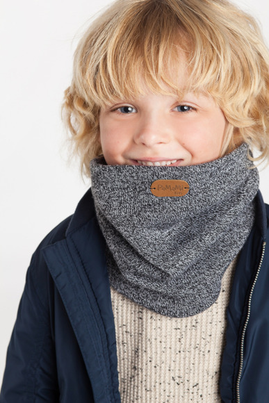 Boy's autumn tube scarf